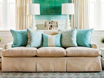 17 best ideas about sofa pillows on pinterest living room pillows couch pillow arrangement. Black Bedroom Furniture Sets. Home Design Ideas