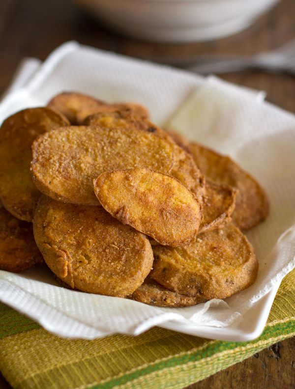 """Crispy Potato Mojos...  4 Potatoes (1/4"""" sliced), 1 c. Milk, 1½ c. Fried Chicken Breading Mix (Oven Fry*or homemade), Oil for frying... Heat 1-2 c. oil (1"""" deep) over MED heat. Dip spuds in milk & mix. Fry 2-3 min/side; Drain."""