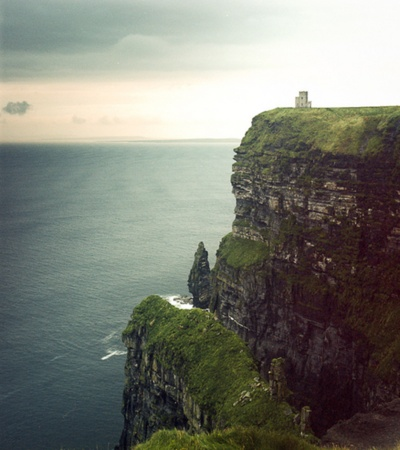 Cliffs at Easterly Point, Daland