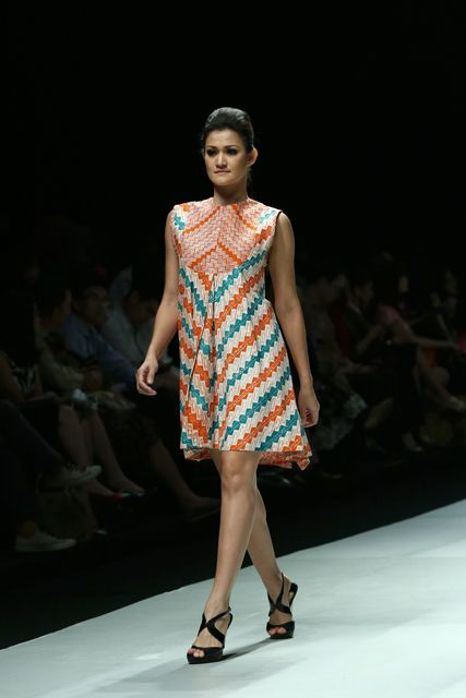 Indonesia Fashion Week 2014 - Batik dress