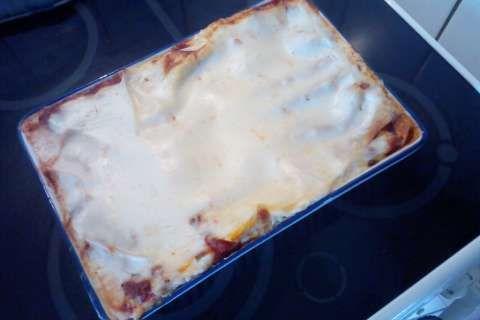 Jak uvařit lasagne s krůtím masem a omáčkou z čerstvých rajčat | recept