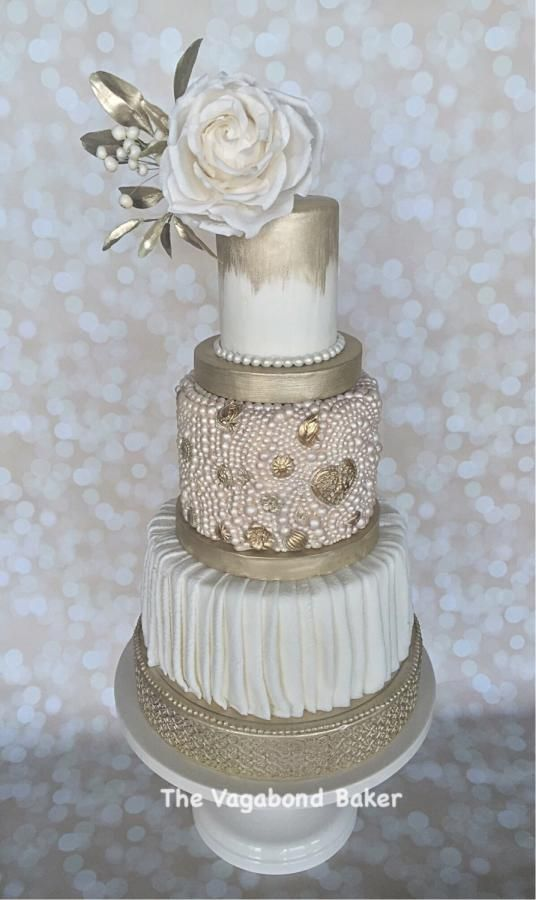 White and Gold Pearl cake - Cake by The Vagabond Baker