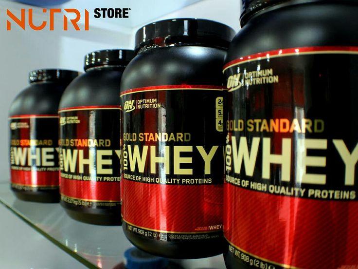 Optimum Nutrition 100% Whey Gold Standard é derivado do soro do leite com troca iônica e baixo peso molecular, o que proporciona o mais alto valor biológico da proteína e a maior capacidade de absorção. Possui alto teor de aminoácidos essenciais e de cadeia ramificada BCAA, necessários para o aumento de massa muscular magra. 100% Whey Gold Standard da Optimum Nutrition é um suplemento excelente para suprir as 2 gramas de proteínas necessárias por kg de peso corporal.  100% Whey Gold…