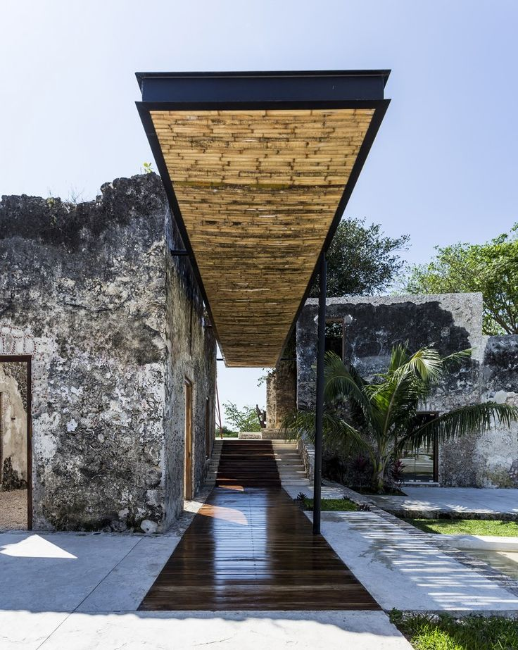 Niop Hacienda  / AS arquitectura + R79//Given the emerging culture of recovering traditions and looking to the past, we seek to transform this set of buildings that were previously occupied by livestock and textiles into an area of coexistence, a boutique hotel, a grand ballroom, a weekend residence and why not, also a place to forget the hustle and burden of everyday life.
