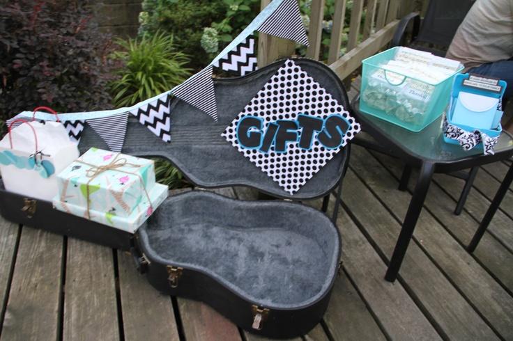 Rock-a-Bye-Baby baby shower hosted for dear friends   www.brittansanders.com