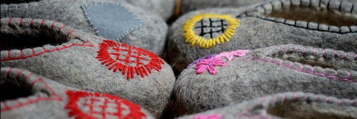 сайт http://rustapki.ru  магазин Русские валяные тапки и тапочки