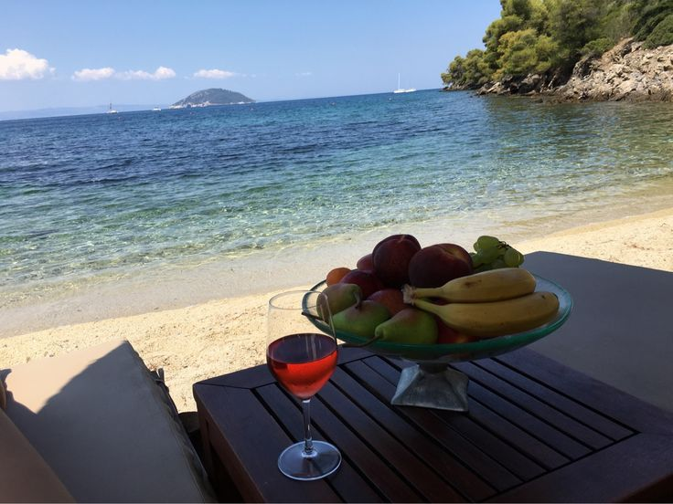A beautiful Sunday at the private coves of @portocarras!  #BookNow your #holiday : http://portocarras.reserve-online.net/   #PortoCarras #Halkidiki #privatecove #wine #beach #sea #seaside #fruits #winelovers #domaineportocarras #winetourism #nature #sithonia