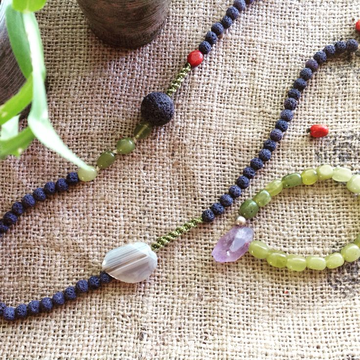 lova and agate for necklace by vivi markoni