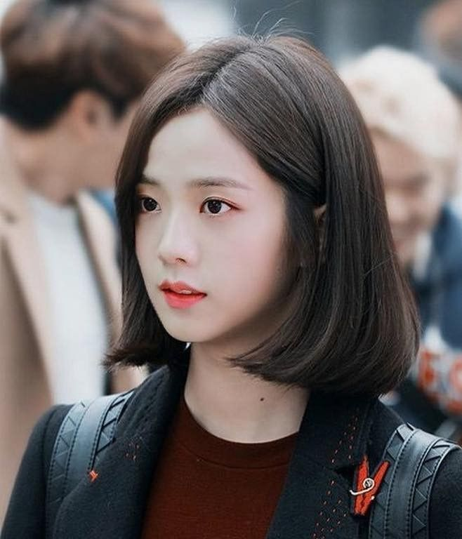 I Didn T Know Jisoo Ever Had This Hairstyle Gaya Rambut Gaya Rambut Pendek Ide Gaya Rambut
