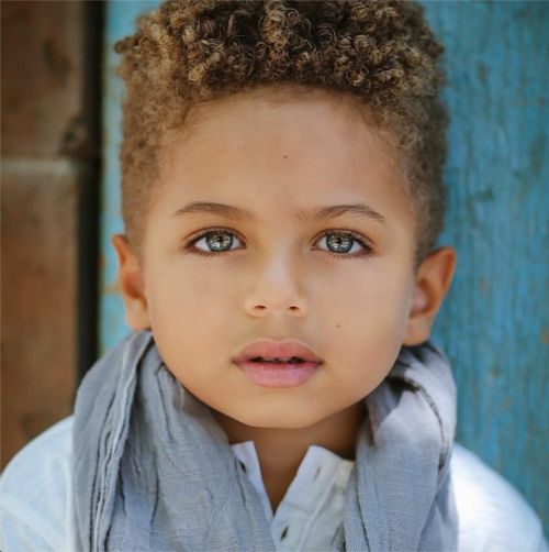 mixed baby boys with curly hair | IG: http://instagram.com/heartofalion_eyeofatiger/