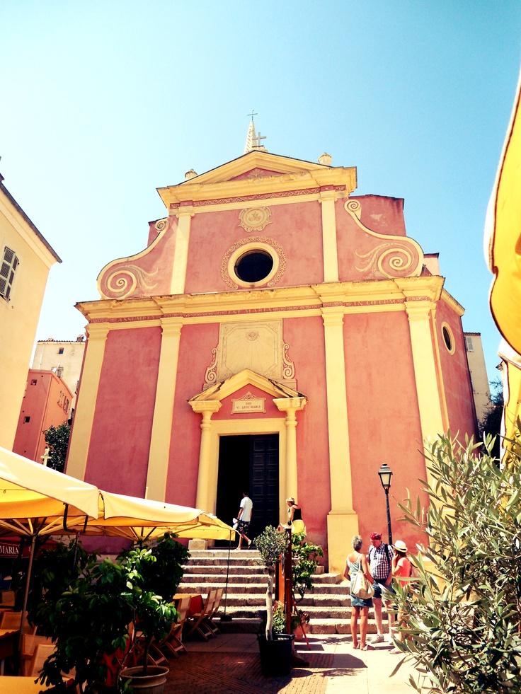 église du centre ville