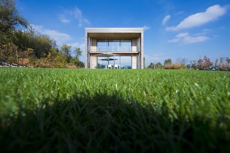 Réalisation à Entrange - F-57330 France  Maître d'ouvrage : ANSTETT  Architecte : Trema (Aubange - Belgique) .  Consultez le projet complet sur :