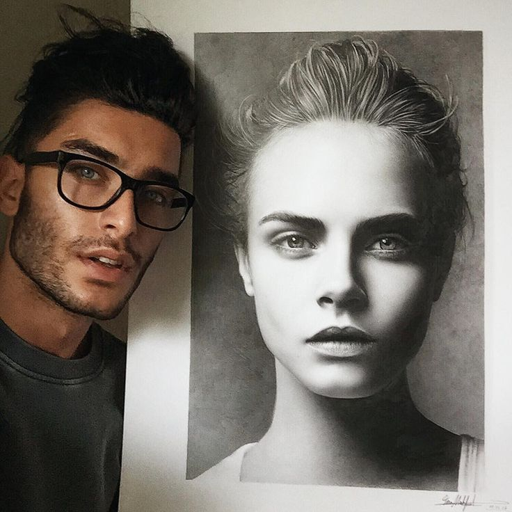 German artist Toni Mahfud with his drawing of Cara Delevingne. Incredible!