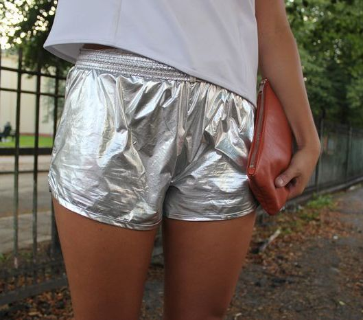 silver shorts: Fashion, Inspiration, Style, Clothing, Outfit, Silver Shorts, Shiny