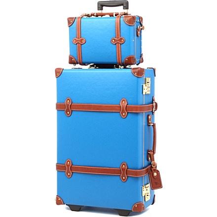 nike air jordan sneakers STEAMLINE LUGGAGE  The Correspondent Stowaway luggage 58cm
