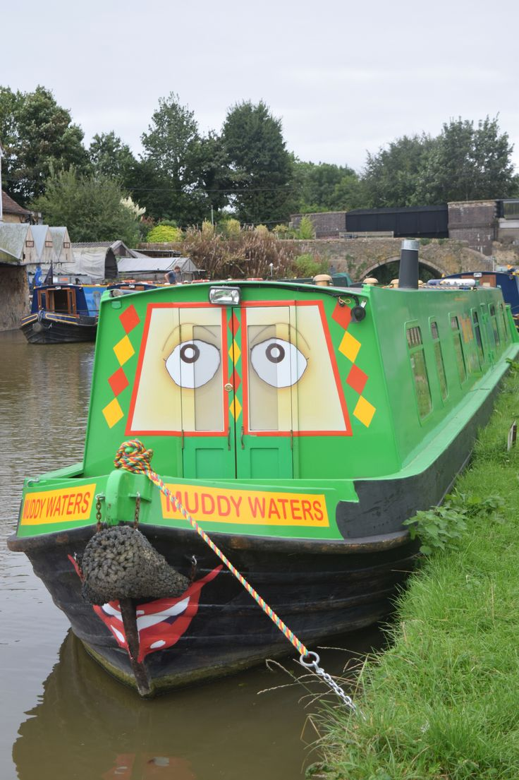 Great canal boat for family holidays