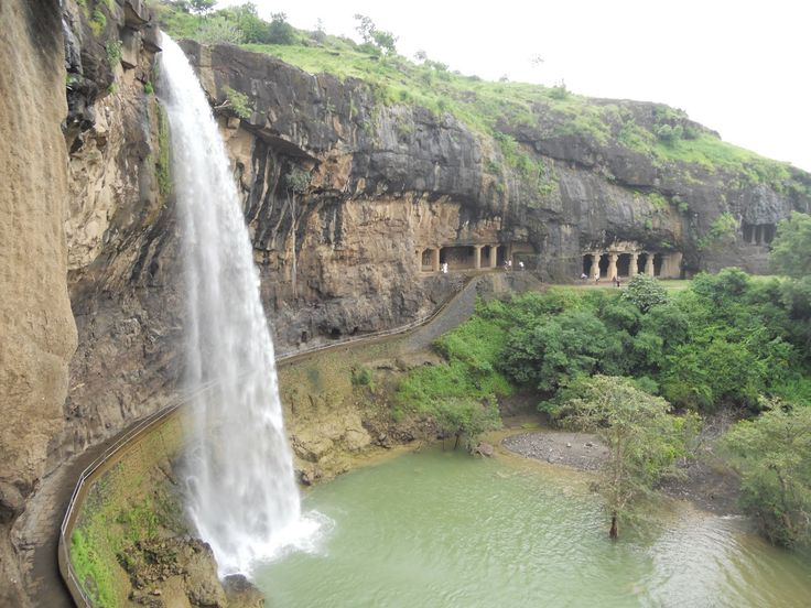 ajanta & ellora caves outside bombay - cant wait to check these out over new years!!