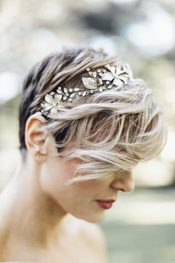 brides with short hair - photo by Mackensey Alexander Photography http://ruffledblog.com/vendors/mackensey-alexander-photography/