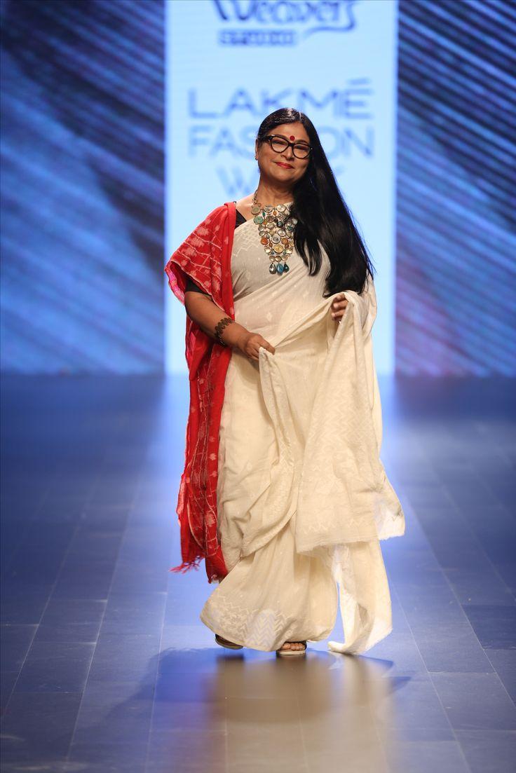 Jayasri Burman in our Jamdani Off white Khadi Sari with Jamdani Wool Stole