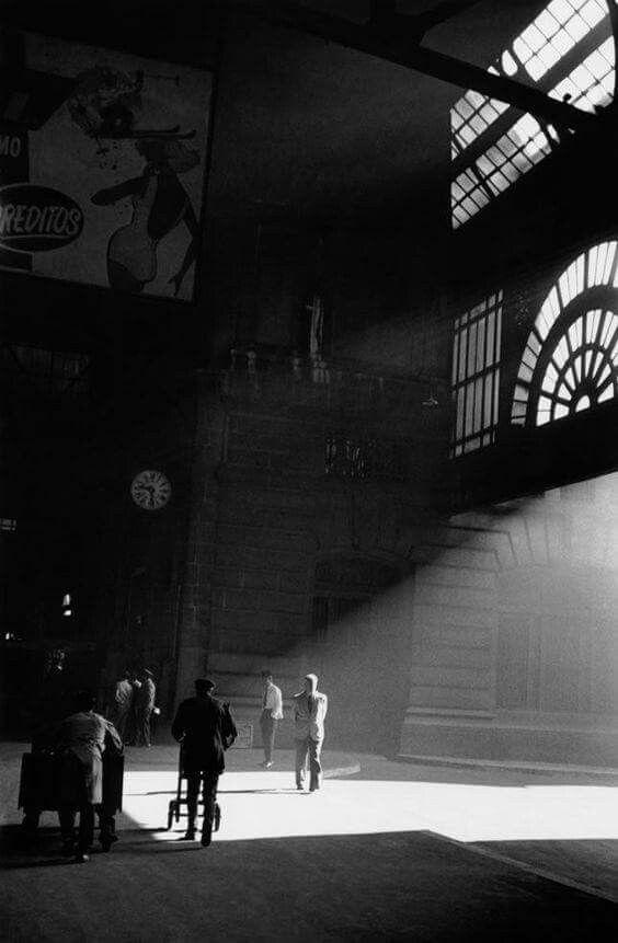 ESTACION CONSTITUCION (1962) Foto de Aldo Sessa