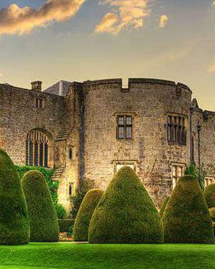 Chirk Castle, one of the oldest castles in Wales!