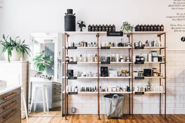 Skip the drugstore and swing by one of these chic beauty boutiques, located around the country and abroad. From Birchbox's Paris shop to the Wild Oleander in Brooklyn, here are the spots inspiring us right now.