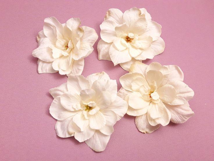 17 meilleures id es propos de fleurs artificielles sur pinterest fausses fleurs de mariage. Black Bedroom Furniture Sets. Home Design Ideas