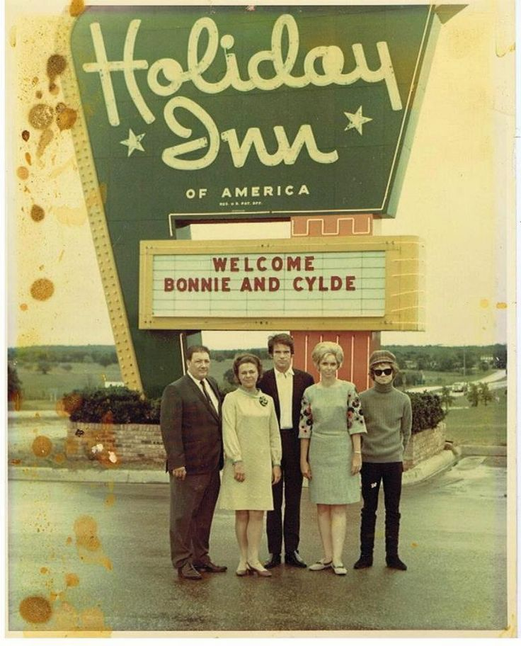 1967 Premier of Bonnie and Clyde, Holiday Inn Mgr Jim Poteet, Estelle Parsons, Warren Beatty, Mrs Poteet, Michael Pollard stayed at Denton Holiday Inn. My dad, Dick Williamson was Asst Mgr there at the time and we got to hang out with them. Estelle Parson was so much fun. After the parade, she jumped into the pool with her dress on and her agent jumped in after her to hold her dress down so she wouldn't be expose