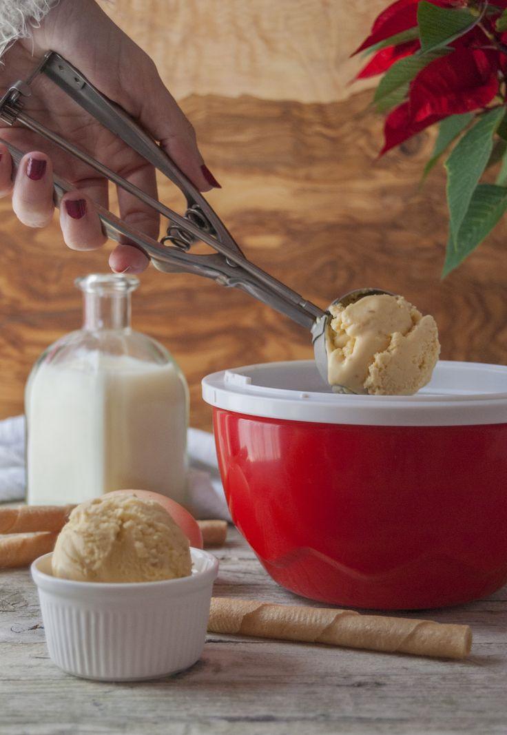 Helado de turrón de almendra para el blog de Jocca/ Almond nougat ice cream