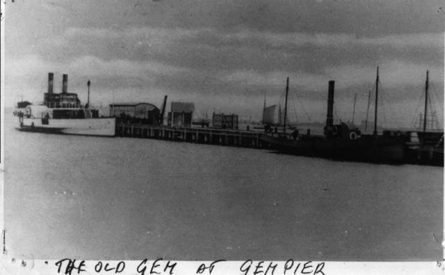 Maritime:. Ships at Gem Pier Williamstown