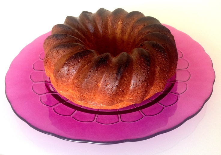 Bizcocho siguiendo ésta #receta http://www.recetasdiarias.com/recetas/bolleria-confiteria/bizcocho-yogurt-y-limon/