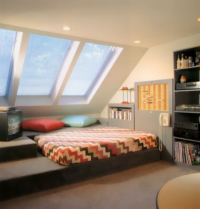 1980s Interior Design Trend Platform Beds