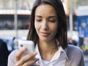 Din smartphone er en del af din bevidsthed, mobil enhed, kognition, artikel