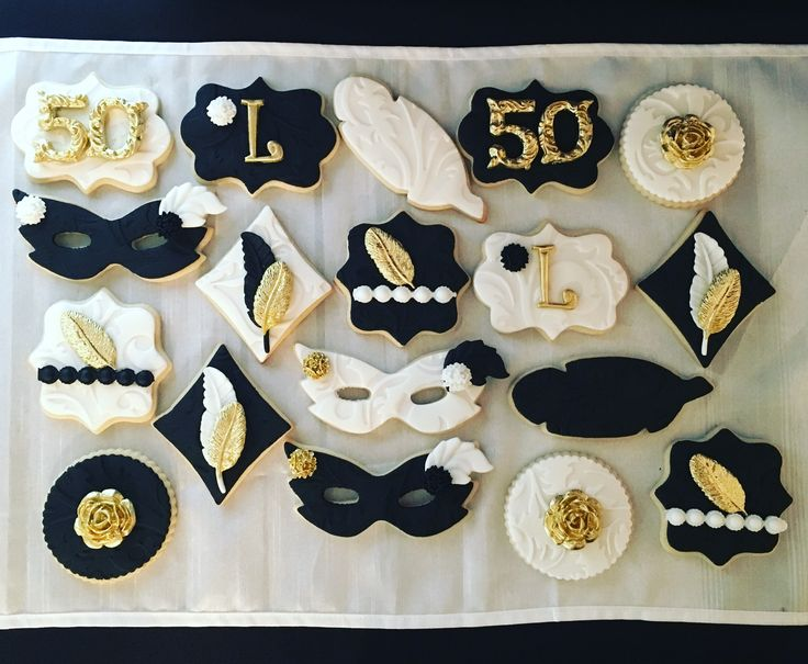 Great Gatsby themed Roaring 20's Masquerade Madrid Gras Cookies etsy.com/shop/candysimply black gold white treats
