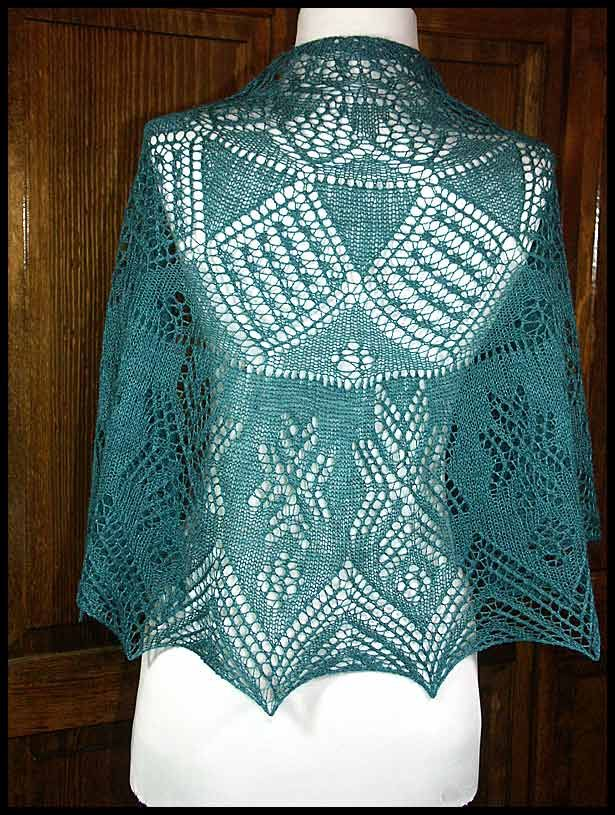 Crochet Lace Weight Shawl Pattern : 155 best images about Lace Shawls on Pinterest Lace ...