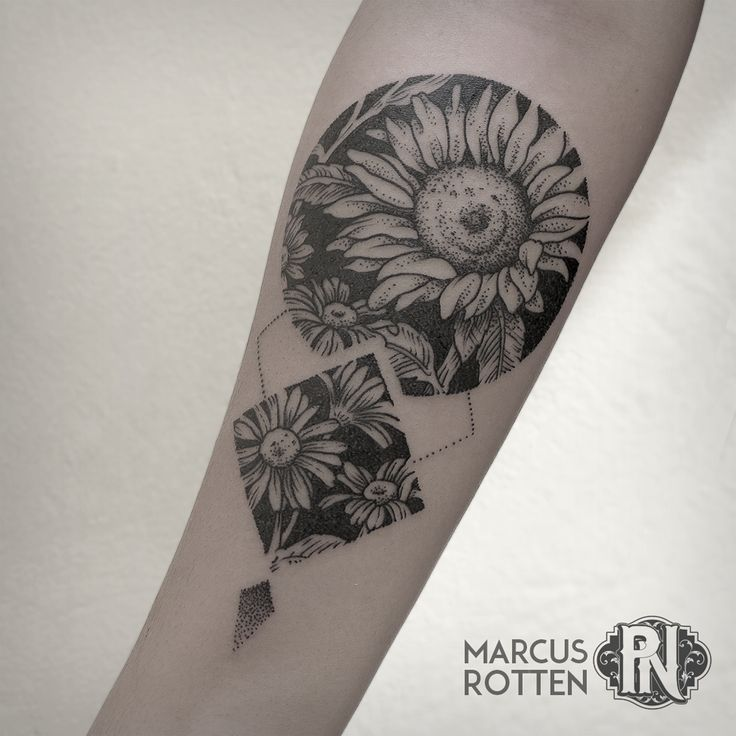 geometric flower tattoo color - photo #48