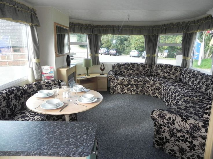 *** Double Glazed & Centrally heated static caravan sited, Isle of Wight ***