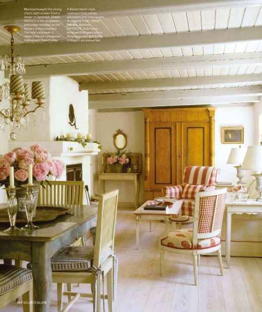 I love this vintage cottage