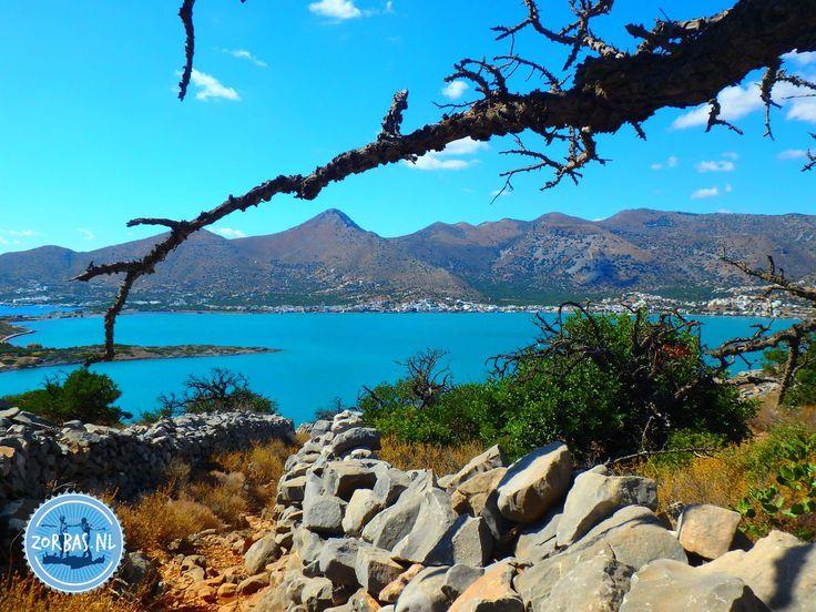 Griechische Inseln noch im Oktober?Nach dem Kalender ist es jetzt offiziell Herbst in Griechenland, aber in Wirklichkeit ist es noch Sommer auf Kreta. Die Sonne scheint und die Temperatur ist sehr angenehm für einen aktiven Urlaub auf Kreta. Sonne, Meer und Schluchten Wanderungen sind eine perfekte Kombination im Herbst.     Wanderangebote