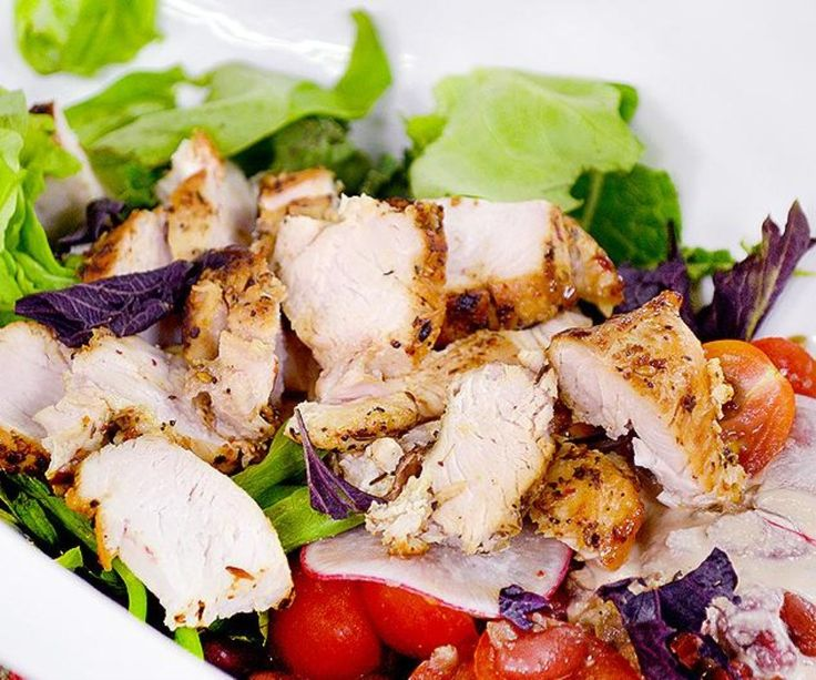 Receta: Ensalada saludable de lentejas con pollo a la parrilla
