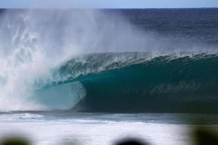 If you're in the Islands this week—especially if you're on a north or west-facing coast—you've probably noticed Hawaii's big winter waves are back. Tonight, the National Weather Service Forecast Office is again calling for average wave heights of 20-30 feet off Oahu's North Shore. A suite of high surf advisories and warnings have also been issued for locations across the state.