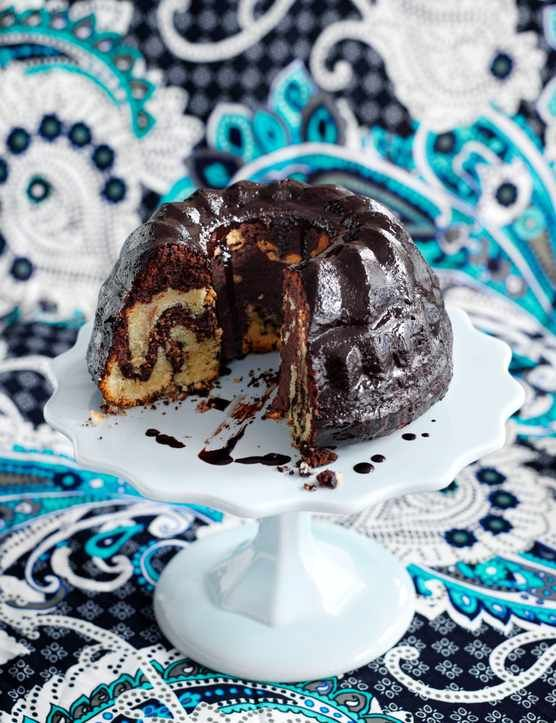 This show-off chocolate stout and marble cake makes a mean dessert. Indulgent, easy to make, and good for entertaining, this cake will become a favourite crowd pleaser in no time.
