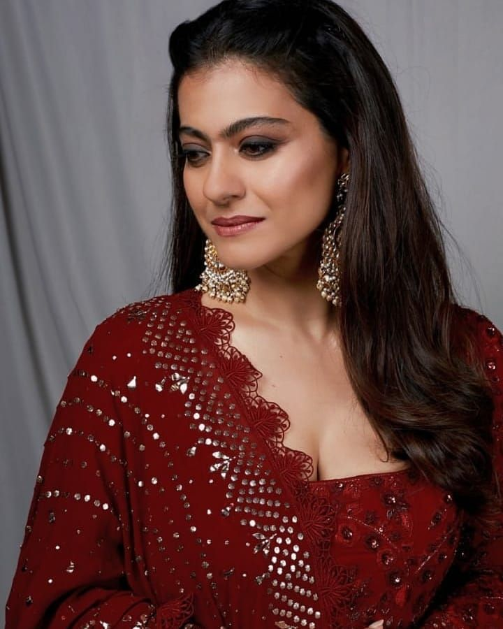 Kajol Dazzle In Glamourous Manish Malhotra Creations As She Promotes Her Film Tanaji With Ajay Devgn - HungryBoo in 2020 | Glamour, Most beautiful indian actress, Beautiful indian actress