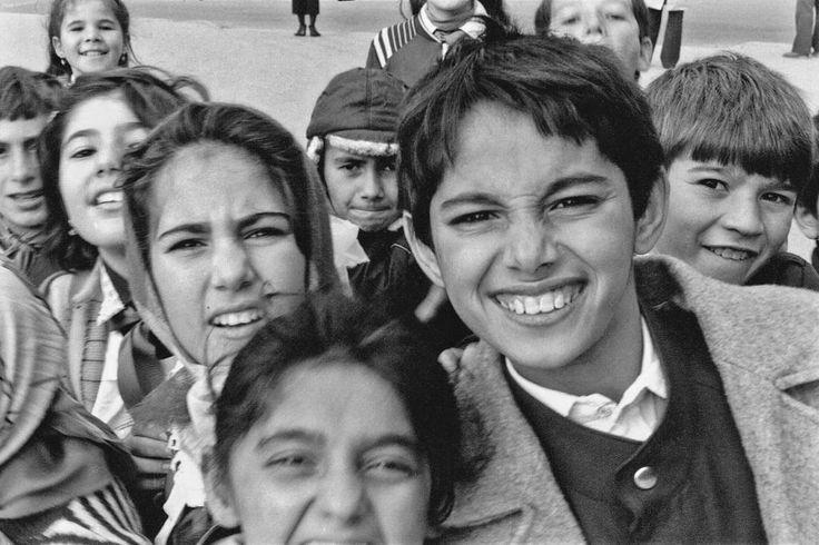 Schoolchildren in Baku, capital of Azerbaijan, on the Caspian Sea coast (photo: Dave Melnychuk)