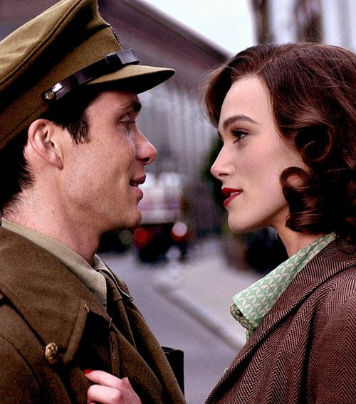 Cillian Murphy and Keira Knightley in The Edge of Love