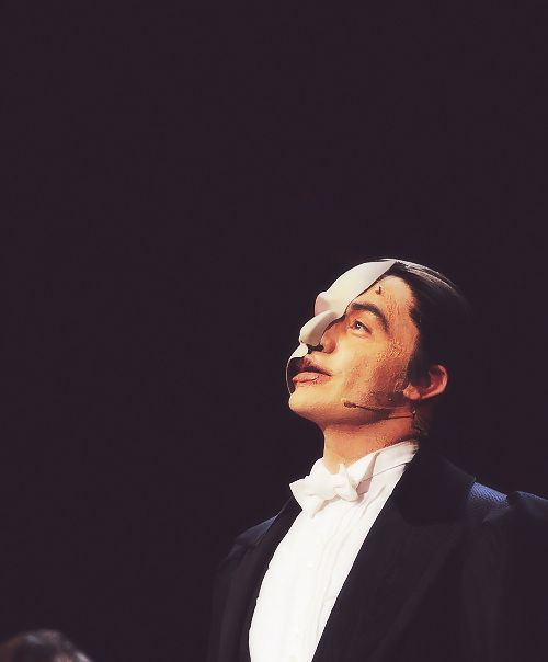 Phantom's Ramin Karimloo... HE'S BEAUTIFUL!!!!!!!!!!