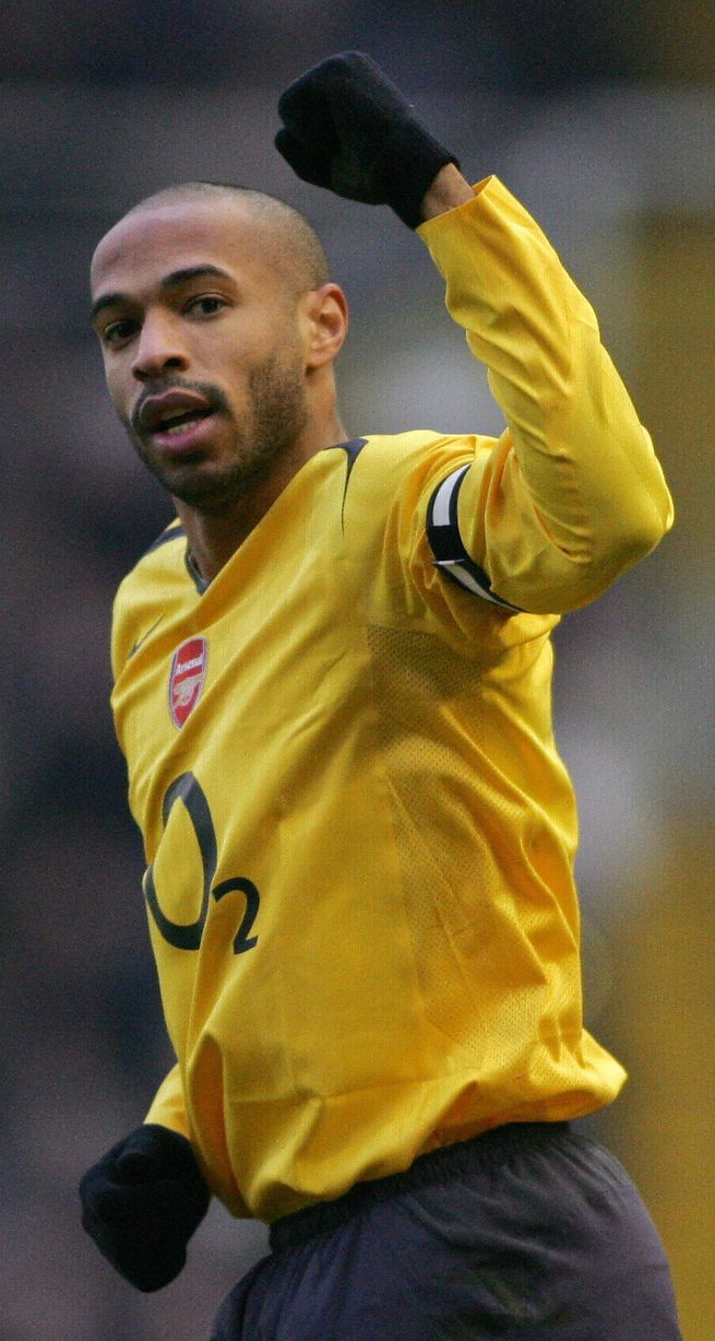 Arsenal's Captain Thierry Henry celebrat