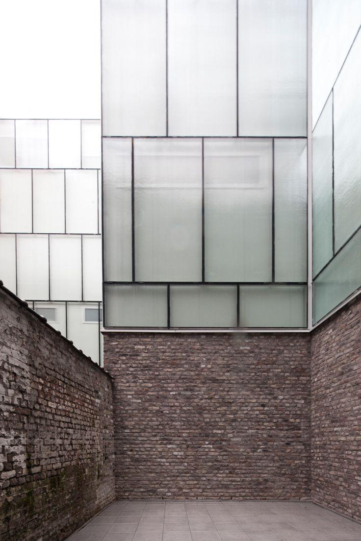 Glasfassade  Die besten 20+ Glasfassade Ideen auf Pinterest | Sporthallen in ...