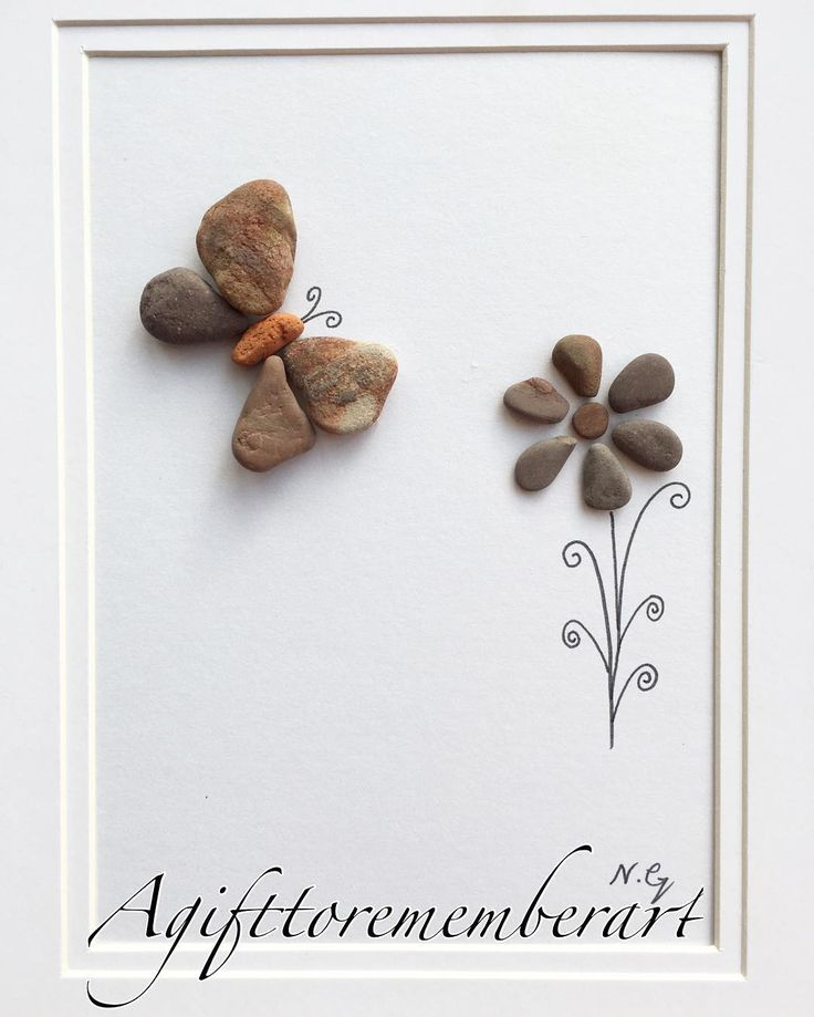 """The little butterfly""""  showing nature's beauty with nature  #agifttorememberart #pebbleart…"""""""