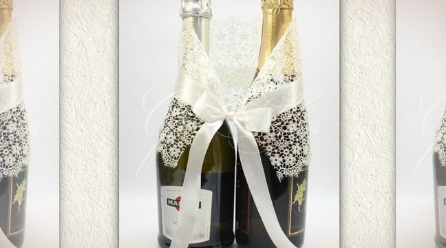 Украшение на бутылки с шампанским Gilliann Lace Ivory Leaf GLS136 http://www.wedstyle.su/katalog/anniversaries/svadebnye-bokaly/ukrashenija-na/ukrashenija-na-butylki-s-shampanskim